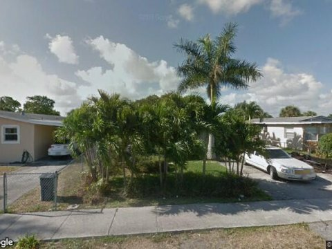216 NW 15th Pl Pompano Beach, FL 33060, USA