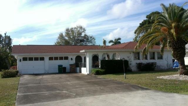 532 SE 36th St Cape Coral, FL 33904, USA