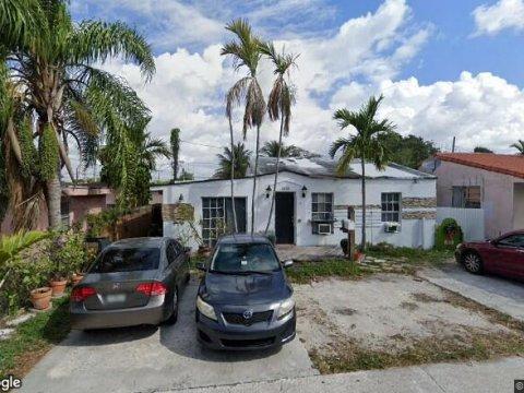 6131 Coral Way Miami, FL 33155, USA