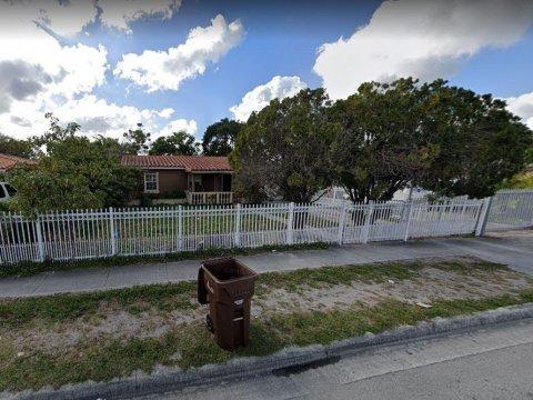 800 E 10th Ave Hialeah, FL 33010