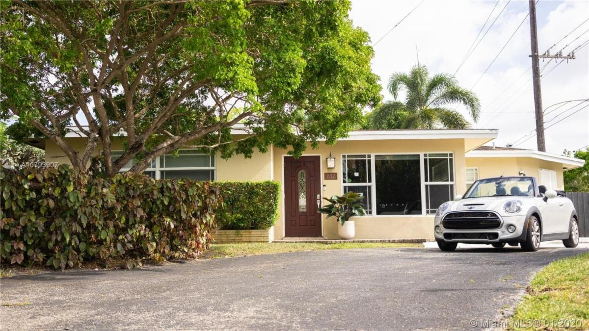 832 NW 30th St Wilton Manors, FL 33311