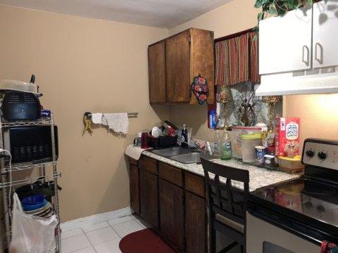 924 38th St West Palm Beach, FL 33407, USA