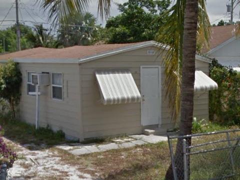 1071 Peak Rd Lantana, FL 33462, USA