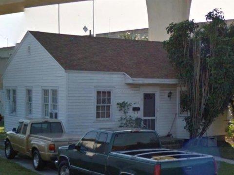 1104 Sunset Rd, West Palm Beach, FL 33401