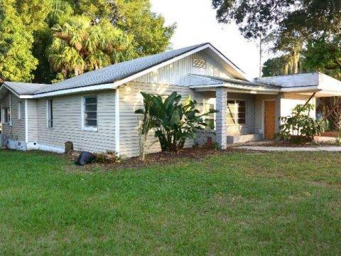 1120 Garland Dr, Sebring, FL 33870