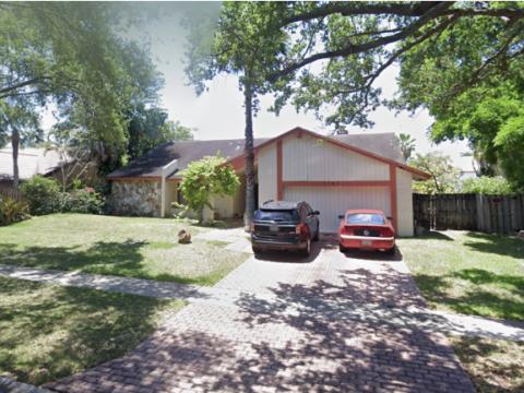 1121 N Pine Island Rd Plantation, FL 33322, USA