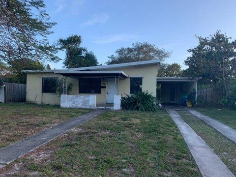116 SE 7th Ave Boynton Beach, FL 33435, USA