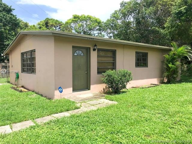 1548 NW 15th Terrace Fort Lauderdale, FL 33311