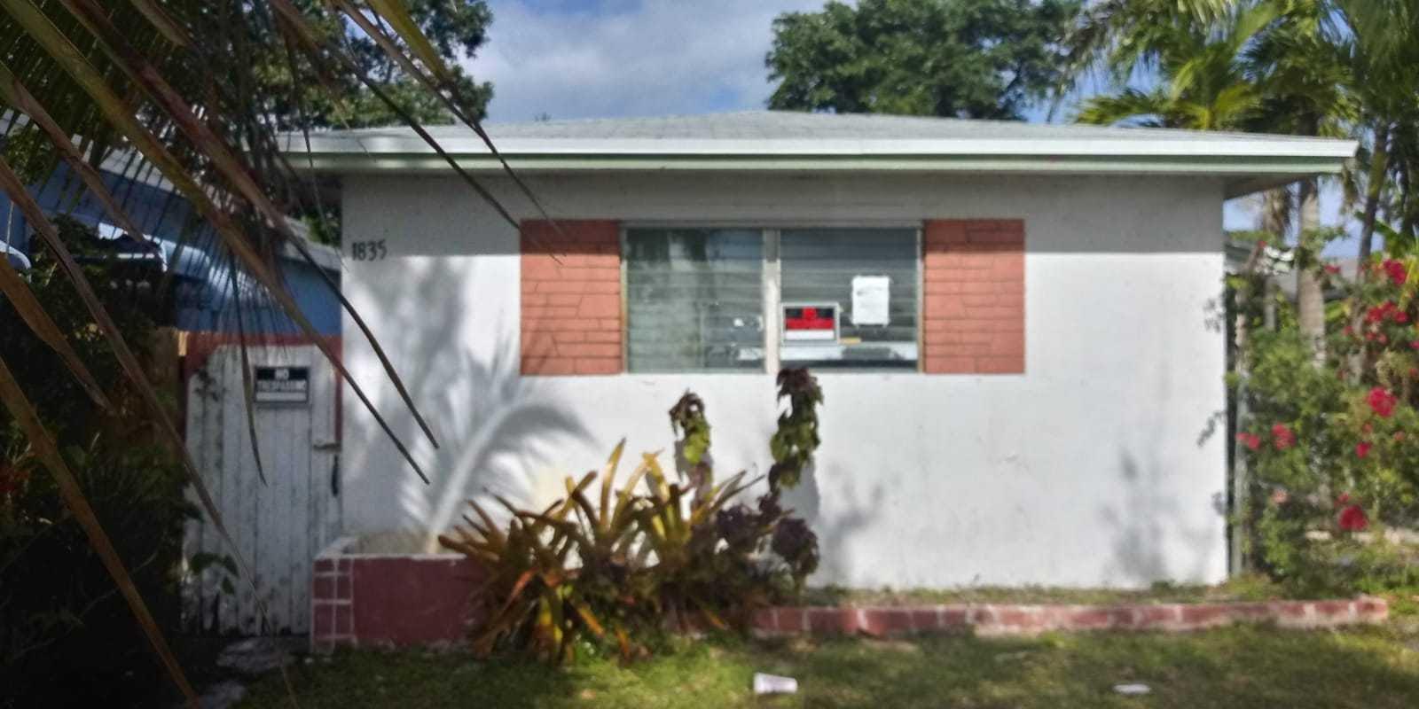 1835 Scott St, Hollywood, FL 33020