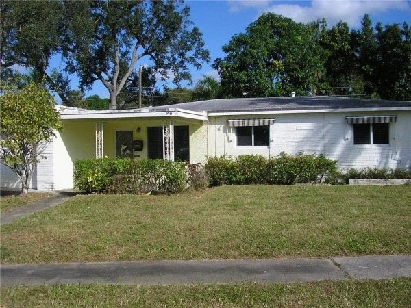 2701 SW 16th Ct Fort Lauderdale, FL 33312, USA