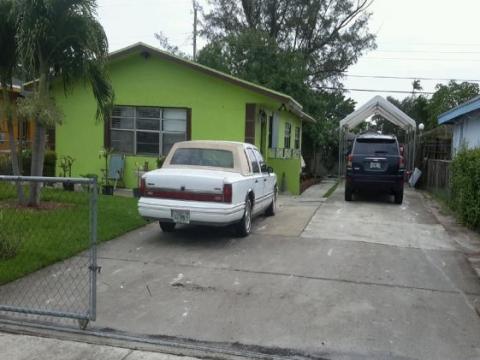 2836 NW 5th St Pompano Beach, FL 33069