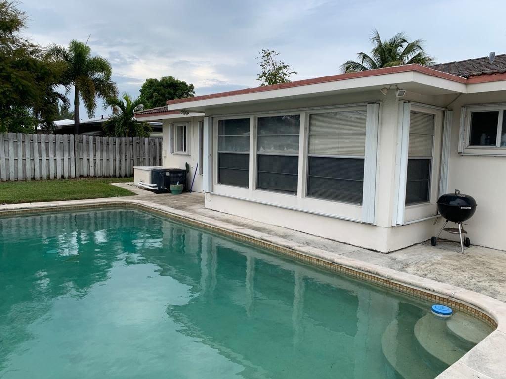 289 SE 1st Terrace Pompano Beach, FL 33060, USA