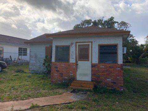 308 NW 11th St Pompano Beach, FL 33060, USA