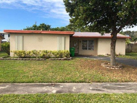 4685 NW 113th Ave Sunrise, FL 33323, USA