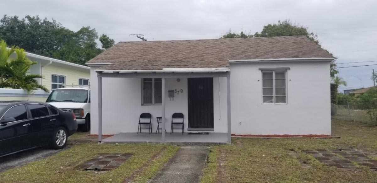 570 W 4th St, West Palm Beach, FL 33404