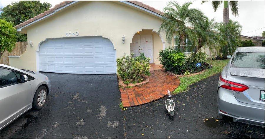 6040 SW 14th St Plantation, FL 33317, USA ...