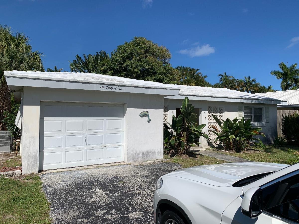 637 Las Palmas Park Boynton Beach, FL 33435, USA