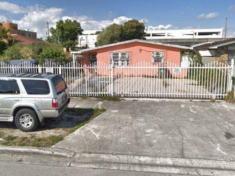 753 E 24th St Hialeah, FL 33013, USA
