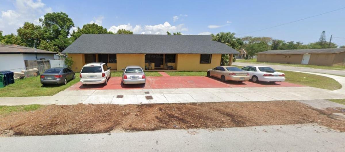 10201 SW 175th St Miami, FL 33157