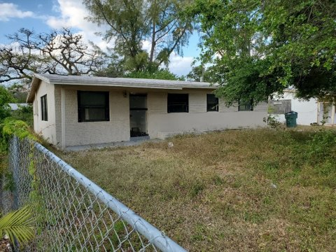 1617 NW 15th Ct Fort Lauderdale, FL 33311, USA