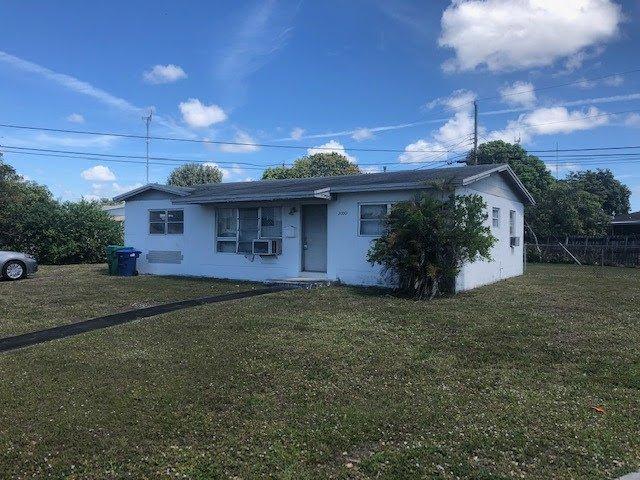 20001 NW 13th Ave Miami, FL 33169, USA
