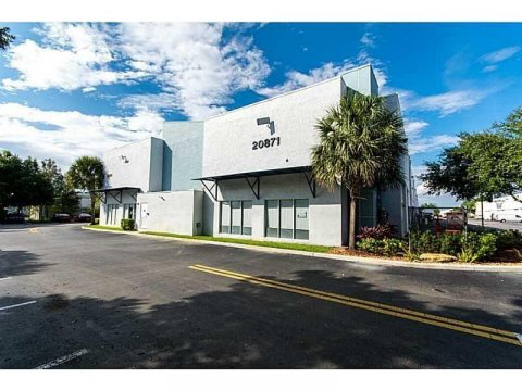 20871 Johnson St Hollywood, FL 33029, USA