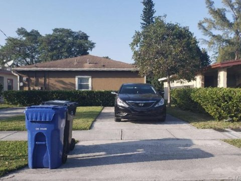 2501 NW 20th St Fort Lauderdale, FL 33311, USA