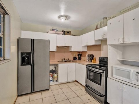 3220 SW 67th Way Miramar, FL 33023, USA