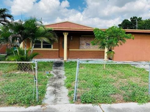 4421 NW 171st St Miami Gardens, FL 33055, USA