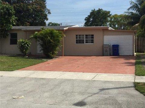 4878 NE 15th Ave Pompano Beach, FL 33064 USA