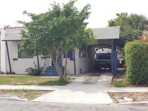 620 46th St West Palm Beach, FL 33407