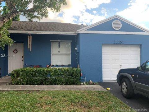 22281 SW 99th Ave Cutler Bay, FL 33190, USA