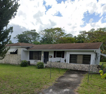 920 NE 149th St Miami, FL 33161, USA