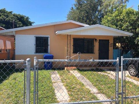 1152 - 1154 NW 58th Terrace Miami, FL 33127, USA