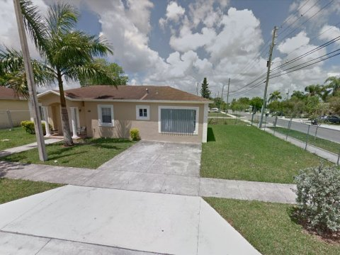 1371 NW 9th Ct Florida City, FL 33034 USA