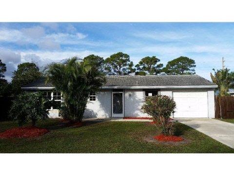 149 Caprona St Sebastian, FL 32958, USA