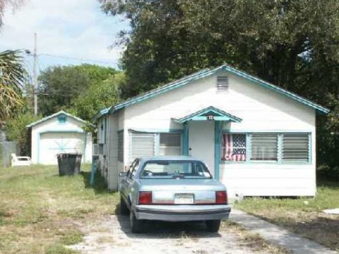 1504 Florida Ave Fort Pierce, FL 34950 USA