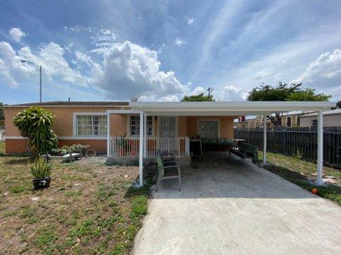 1700 NW 80th St Miami, FL 33147, USA
