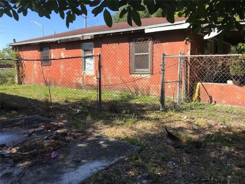 1804 Ali Baba Ave Opa-locka, FL 33054, USA
