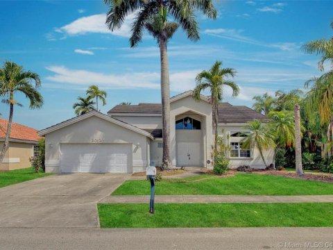 20125 NW 10th St Pembroke Pines, FL 33029, USA