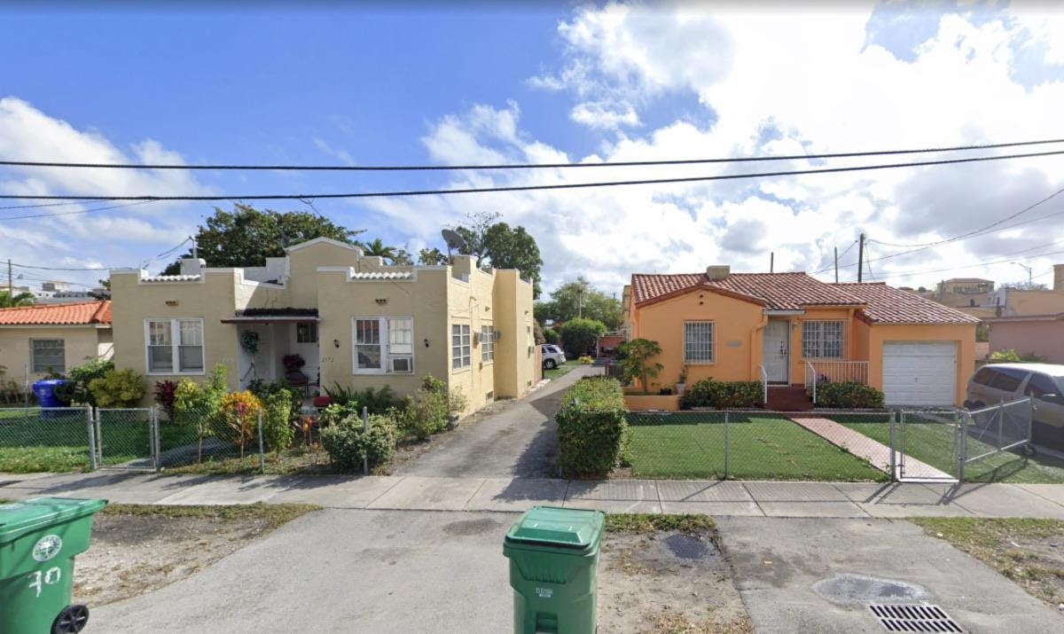 2370 - 2380 NW Flagler Terrace Miami, FL 33125 USA