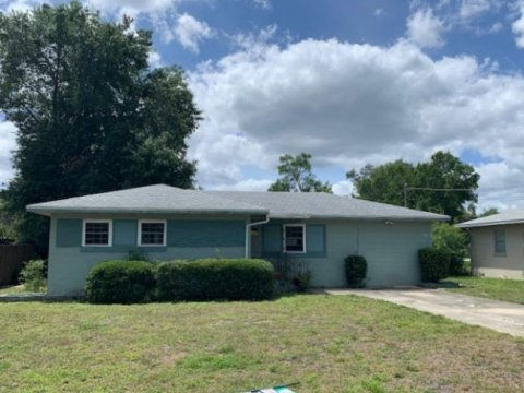442 Ave F SE Winter Haven, FL 33880 USA