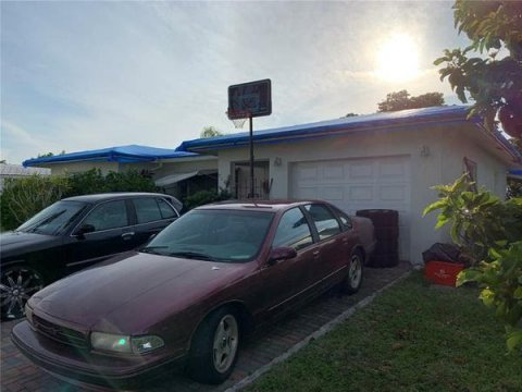 7109 NW 68th Ave Tamarac, FL 33321, USA