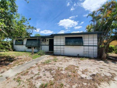 795 NW 177th Terrace Miami, FL 33169, USA