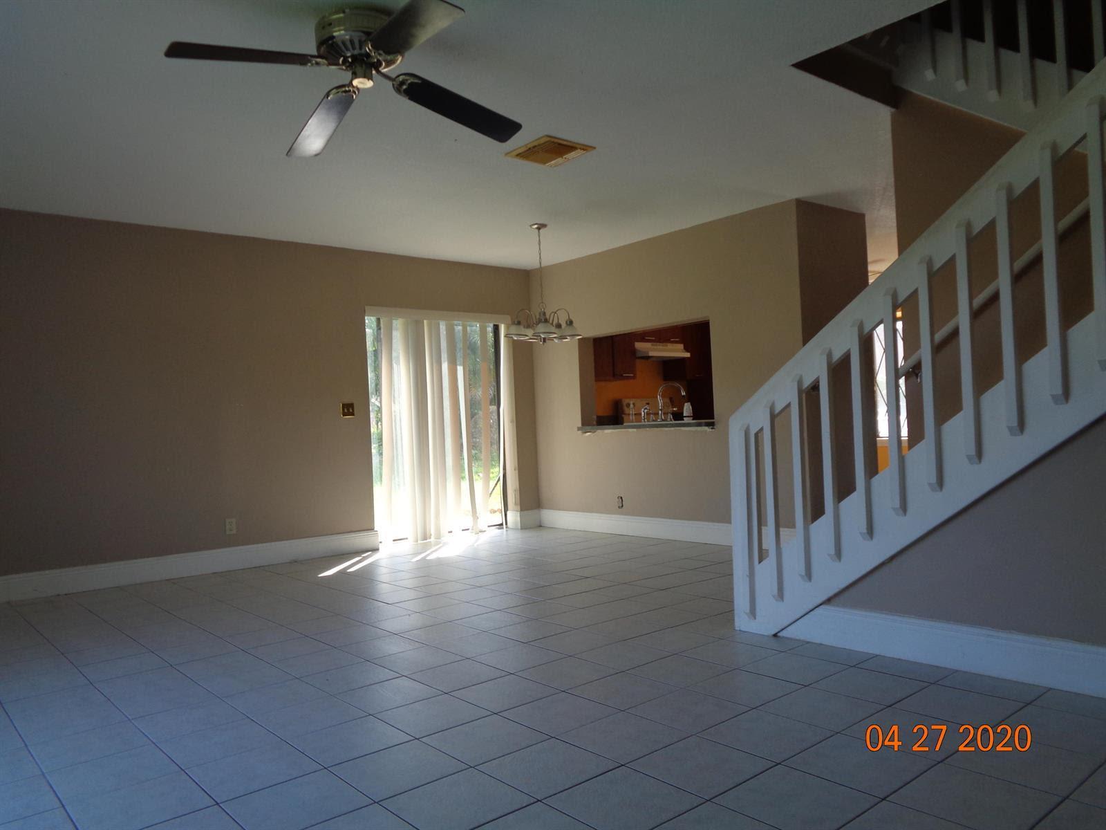 9224 NW 49th Pl Sunrise, FL 33351, USA