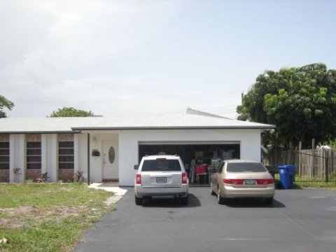 1011 NW 45th St Fort Lauderdale, FL 33309, USA