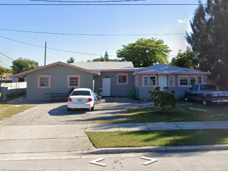 10530 SW 177th St Miami, FL 33157, USA