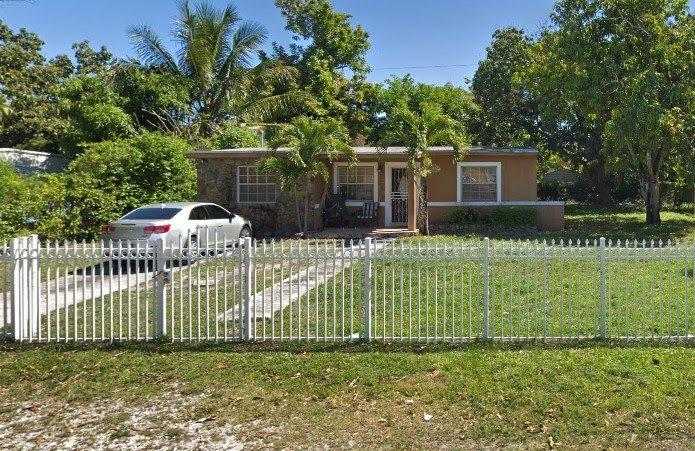 12901 Westview Dr Miami, FL 33167, USA