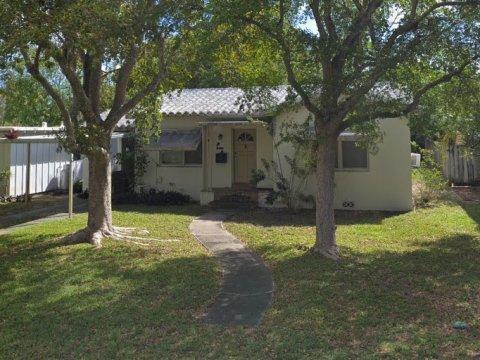 1340 NE 16th Terr. Ft. Lauderdale, 33304