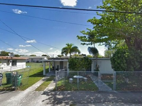 22055 SW 114th Ave Miami, FL 33170 USA